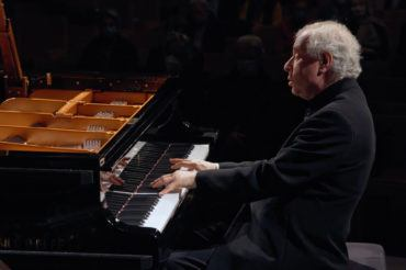 Sir András Schiff, piano